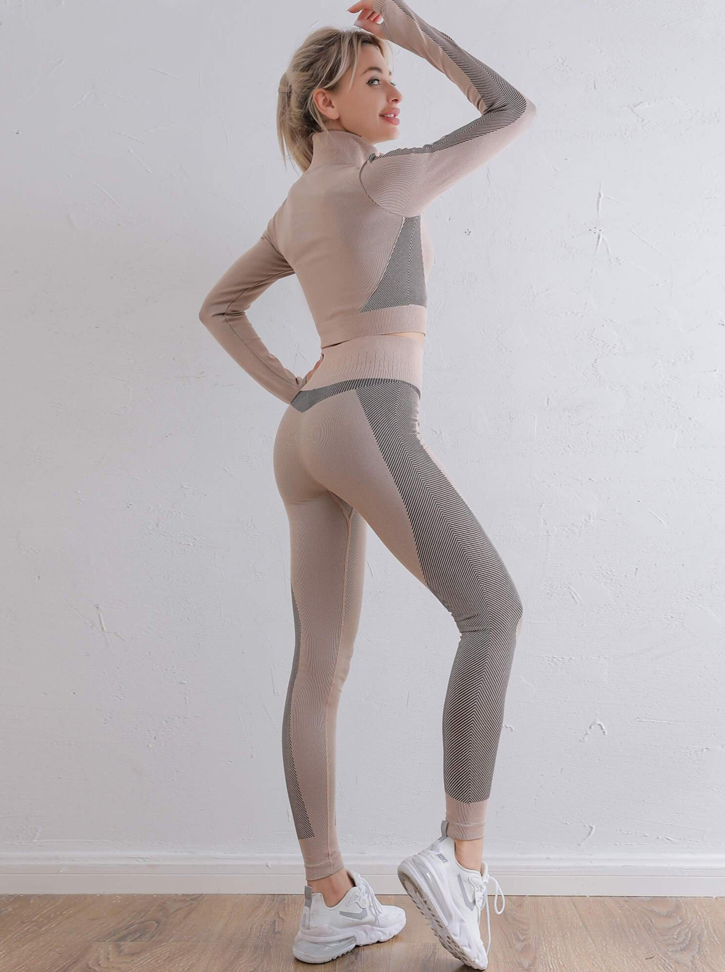 v2 Era Seamless Contour Leggings