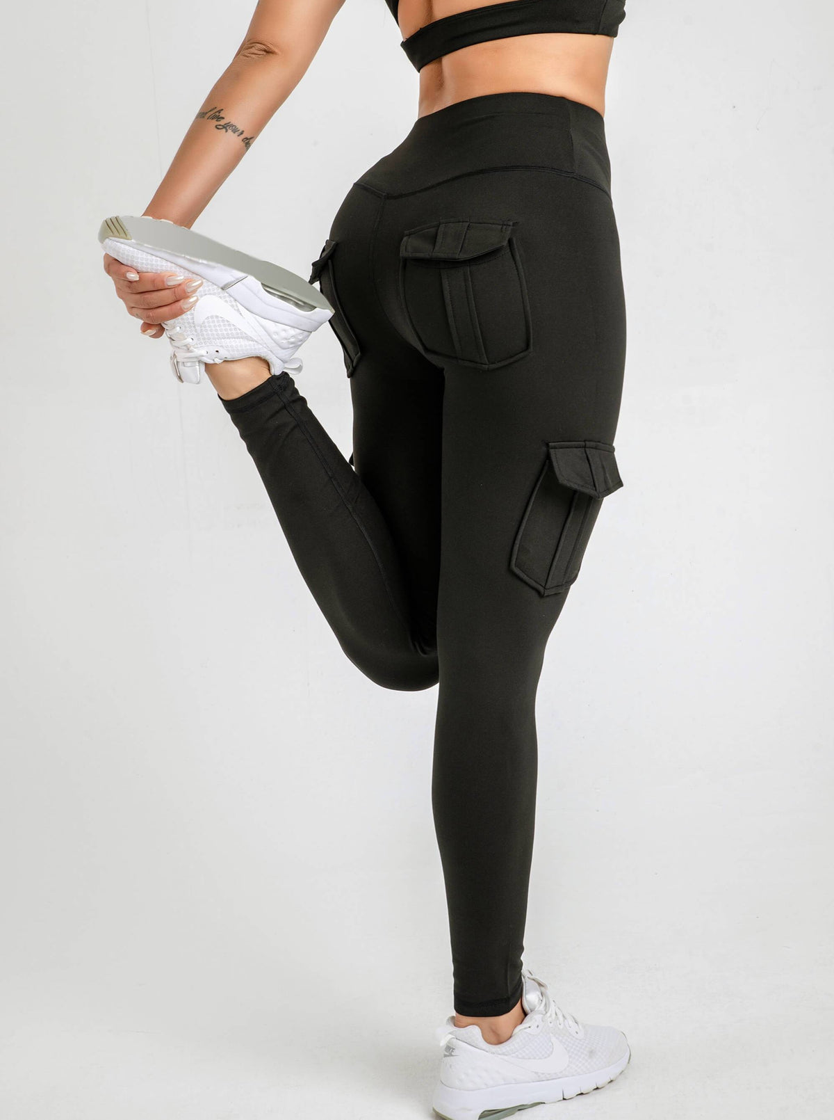 v2 Era Cargo Pocket Leggings - Buttery Soft