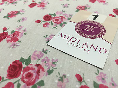 "Vintage Floral Rose Spotted Print Poly Cotton Fabric 44"" Wide M356 Mtex - Midland Textiles & Fabric"