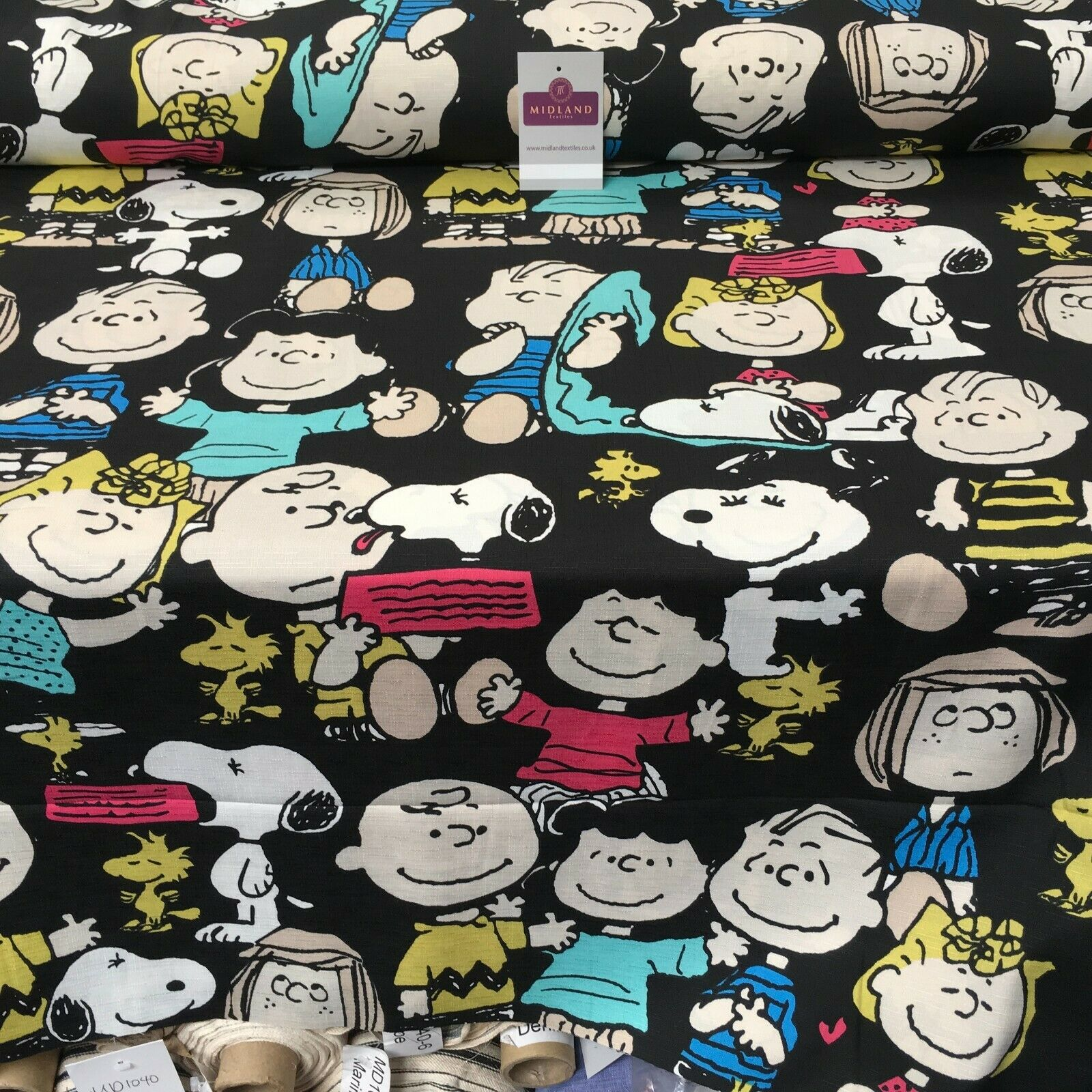 Charlie brown & Snoopy Linen Effect Georgette Crepe Dress Fabric 147 cm MK1184-9