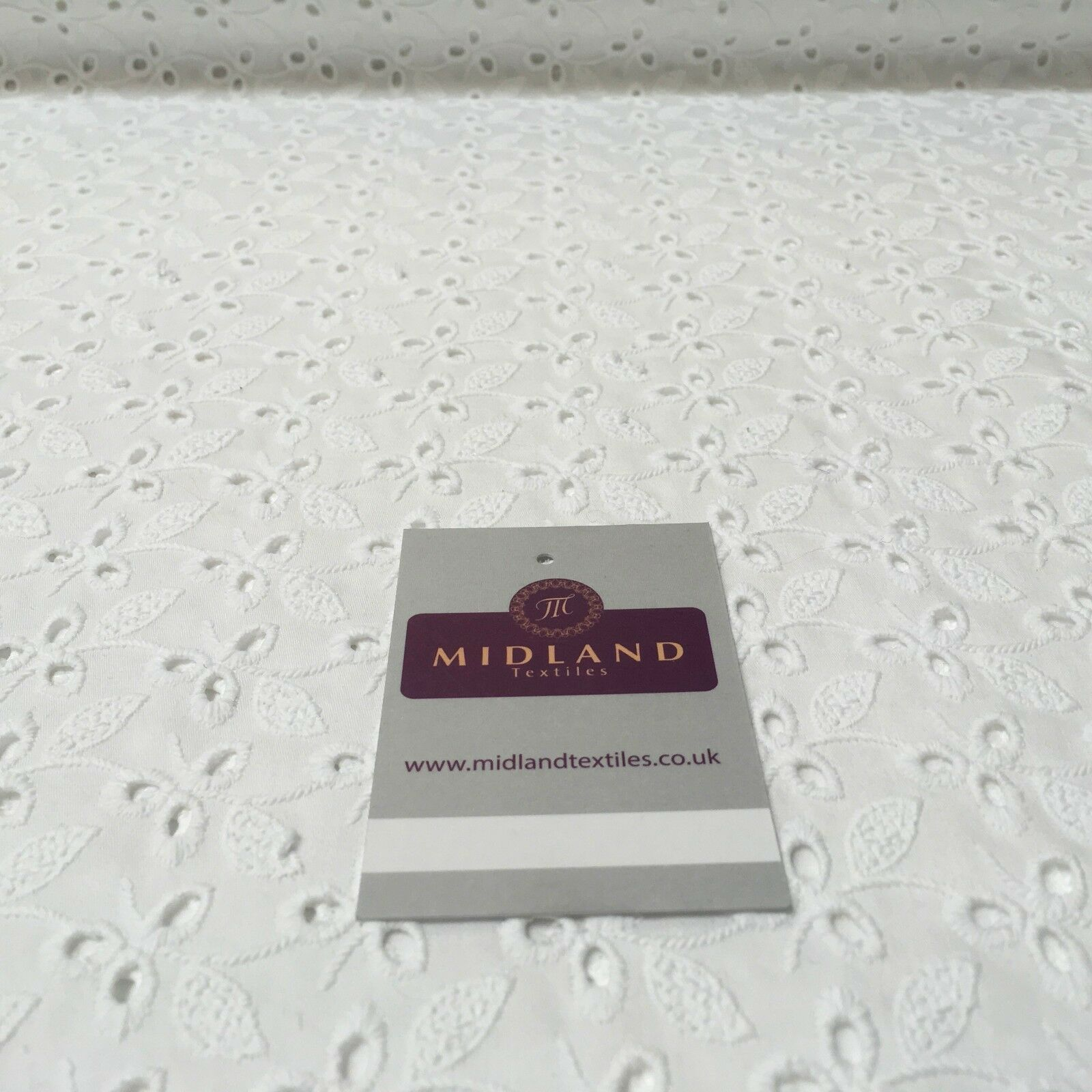 "Broderie Anglaise cotton eyelet lace Fabric 55"" Wide M992"