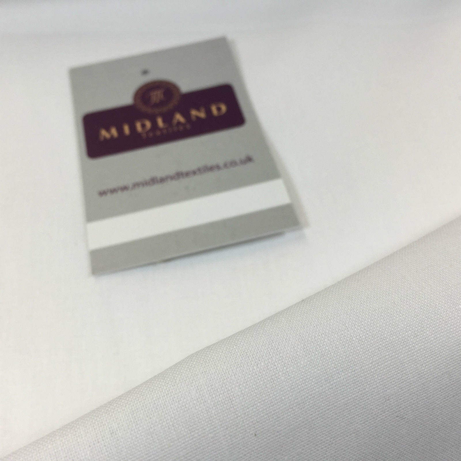 "100% Cotton Sheeting fabric ideal for bedding, backdrops & Crafting 94"" M702 - Midland Textiles & Fabric"
