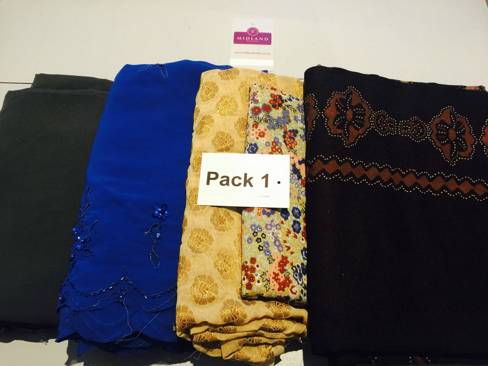 Mixed Assorted fabric Pack of 5 remnants patchwork quilting crafting M630 Mtex