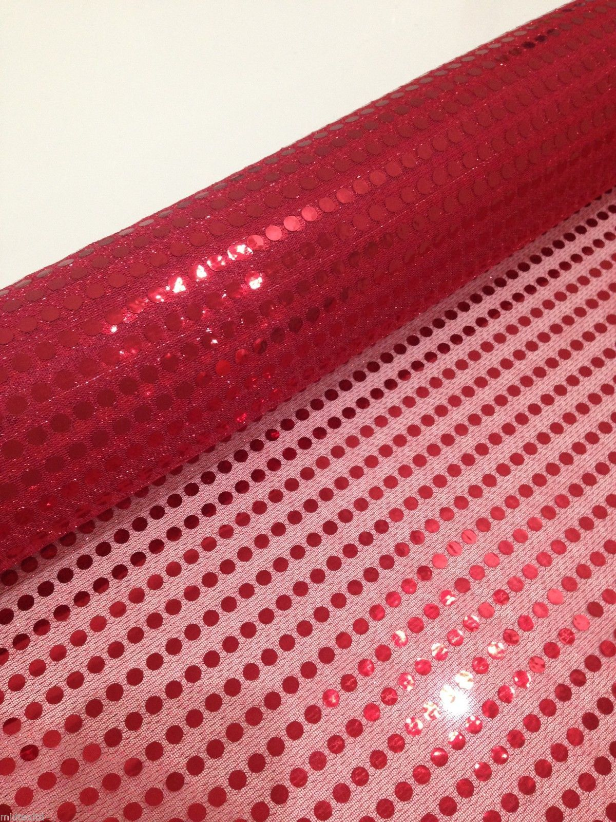 6mm Red Sequins x 2 metres