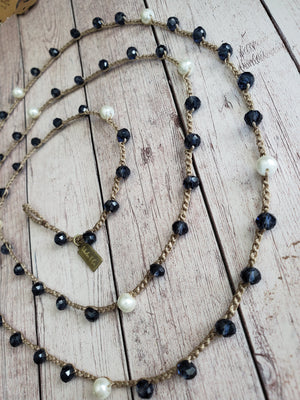 Karen- Navy Crystal and White Pearl 6mm
