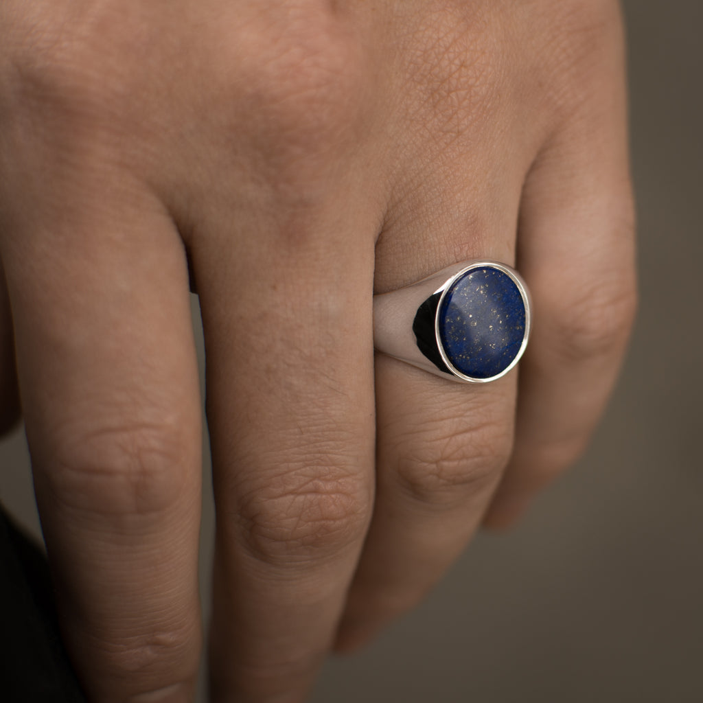 The Oval Lapis