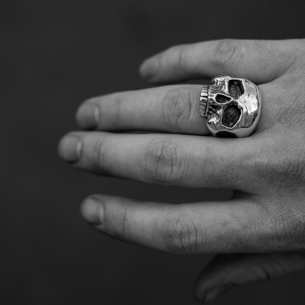 THE KONIG RING