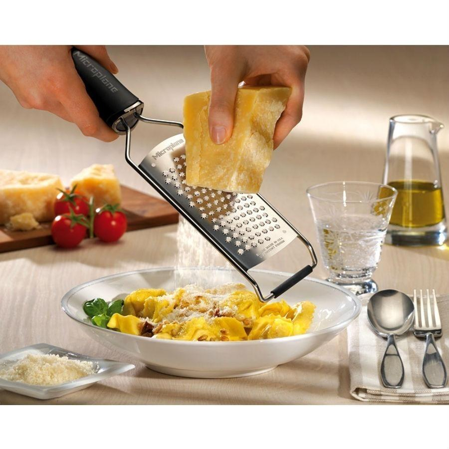 Microplane Gourmet Star Grater Black