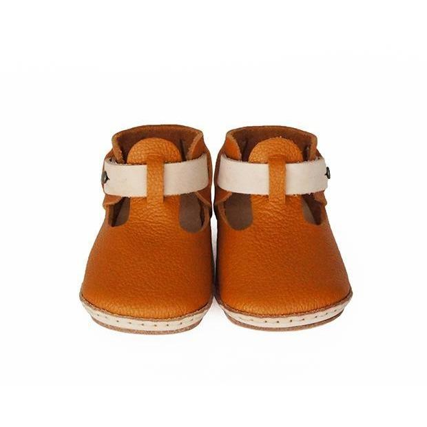 Umeloihc Teo 12cm Babies First Shoe Kit Camel