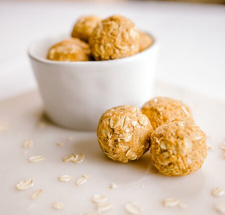 Pumpkin Spice Protein Poppers recipe