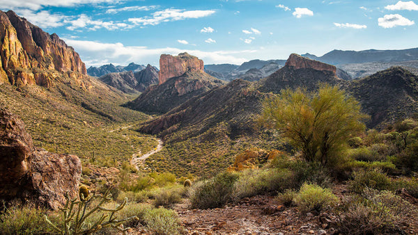 Cloth & Flame Superstition Mountains Dinner | October 28