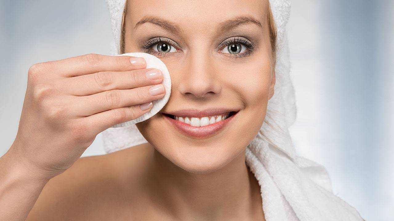 makeup_remover_for_girls_best_makeuo_remover_from_pleasingcare