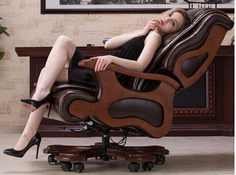 Solid wood boss chair. Leather of large chair lift massage can lie cowhide computer chair