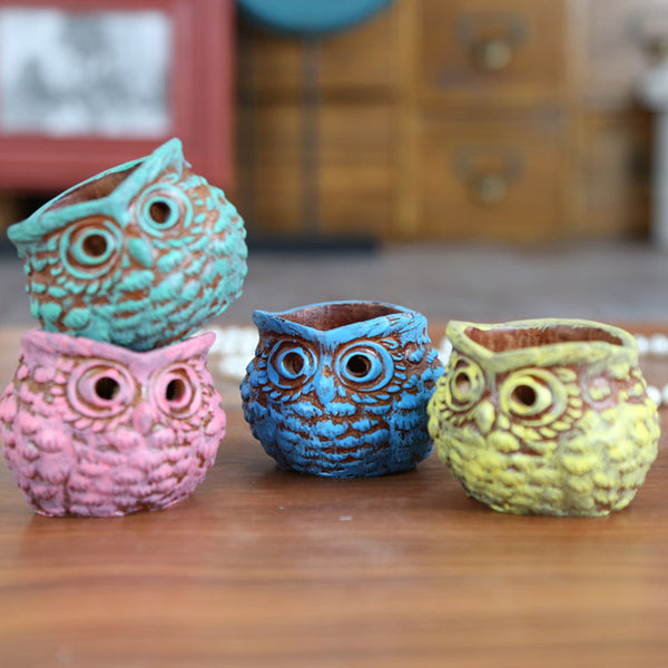 Resin Owl Tealight Candleholders in 4 Colors - The Hoot House