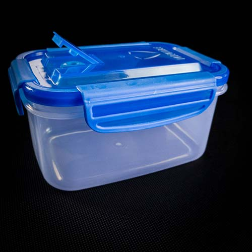 undeniable meal prep containers with steam vent