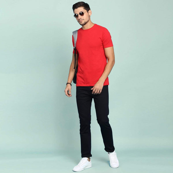 Men's red t-shirt in solid colour