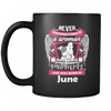 June Women Who Loves Pitbull Mug