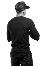 Plain Black Scoop Neck Long Sleeve T-shirt