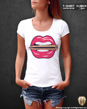 cool graphic lips t shirt