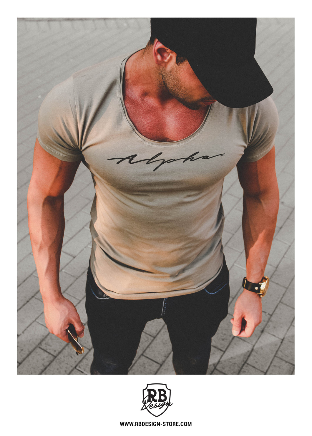 scoop neck army green t-shirt