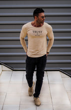"Mens Long Sleeve T-shirt ""TRUST NO ONE"" MD976"