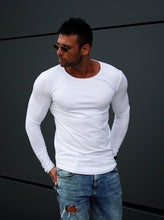 Men's Plain White Scoop Neck Long Sleeve T-shirt