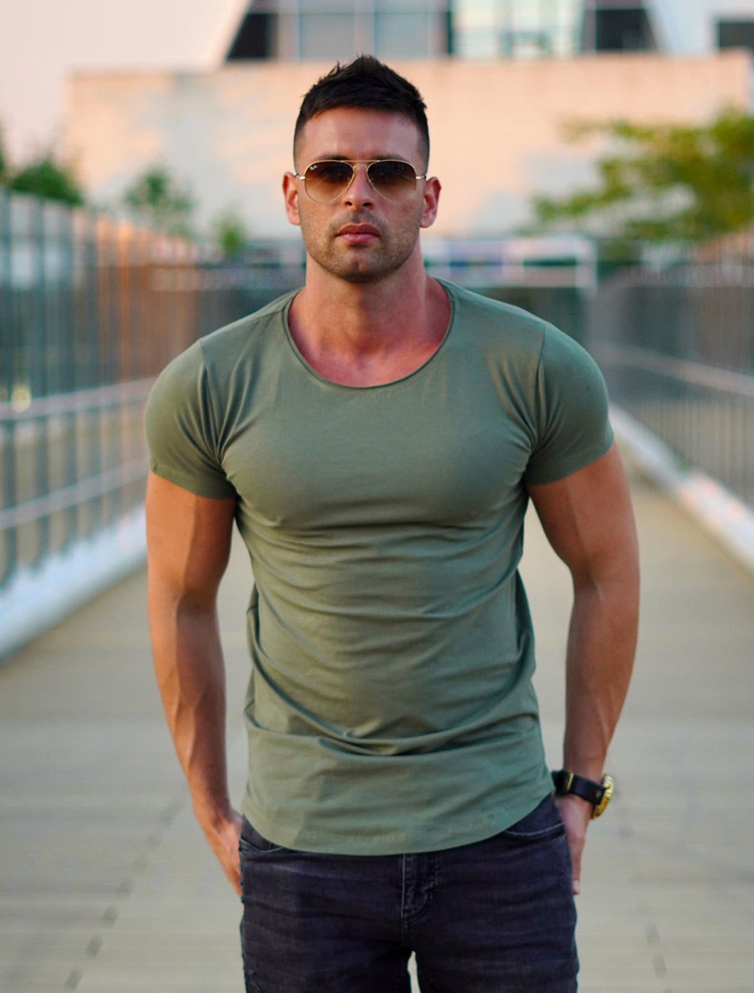 Men's Plain T-shirt - Army Green Round Neck Longline