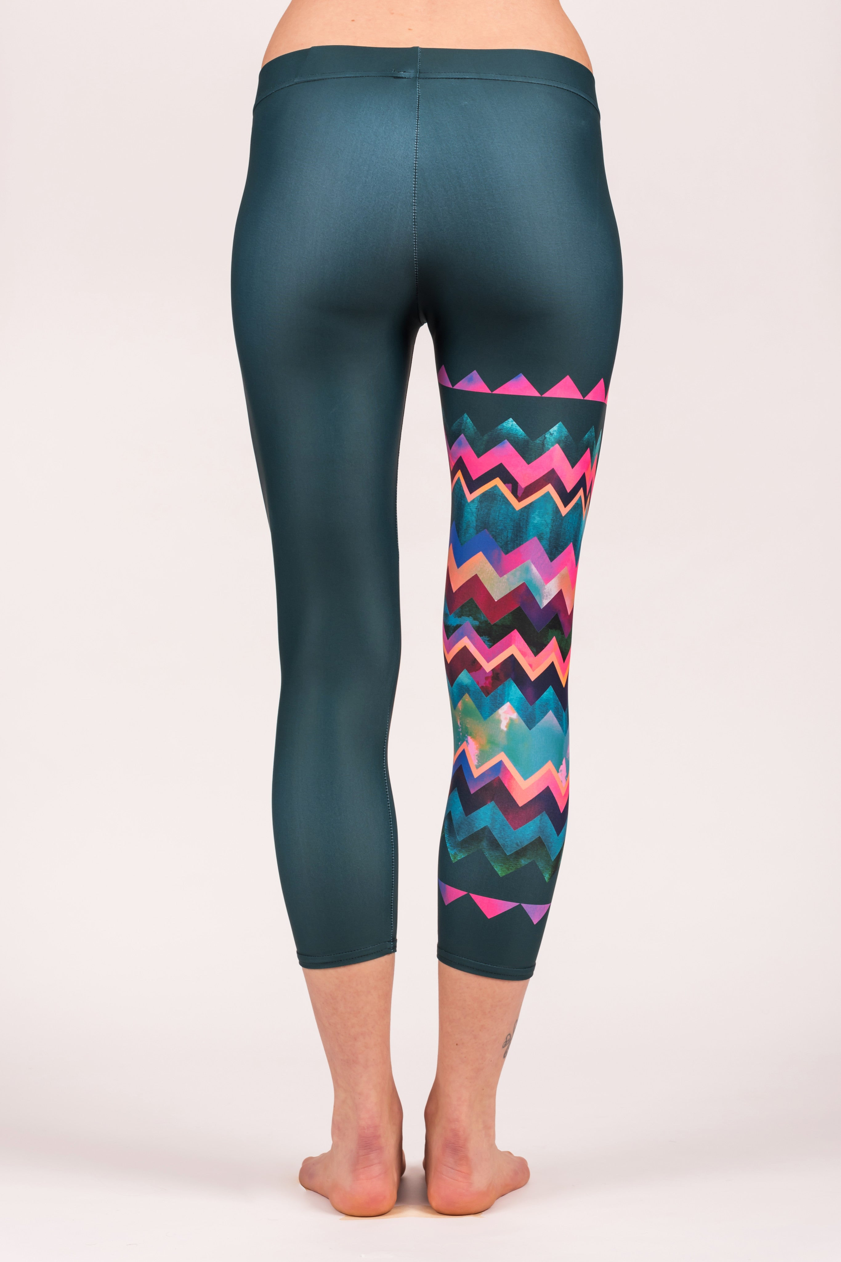 Lido West Chevron Capris Legging