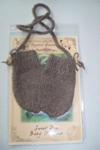 Sweet Pea Mittens using Cocoa Bean ~