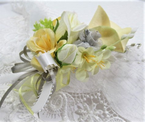 Yellow, Gray and White Calla Lily Detailed Beaded Pin On Boutonniere or Corsage - Odyssey Creations
