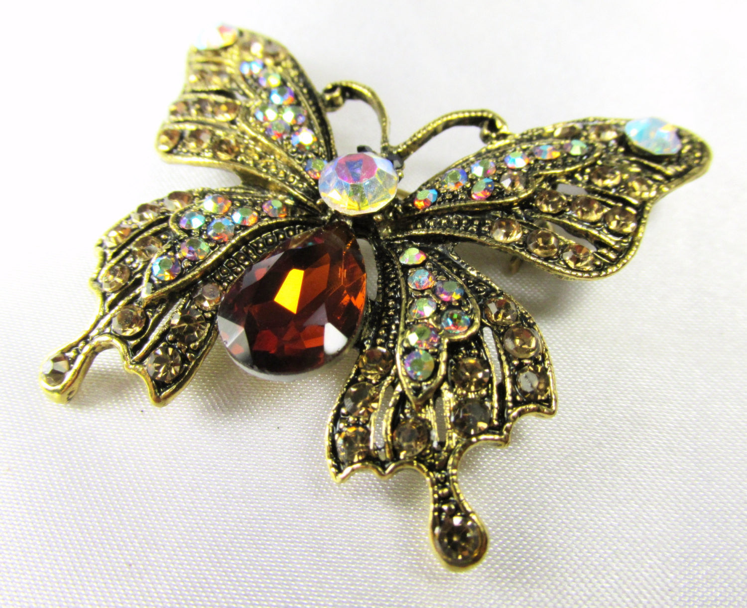 Butterfly Brooch in Purple Amethyst, Crystal AB and Antique Gold - Odyssey Cache - 5