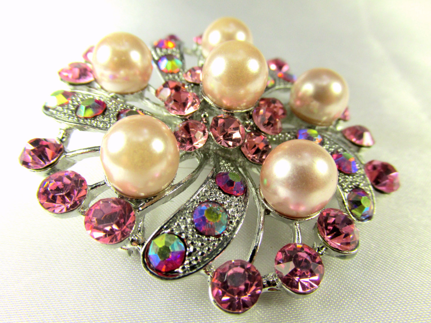 Pink Flower Pearl and Crystal Brooch in Silver - Odyssey Cache - 3
