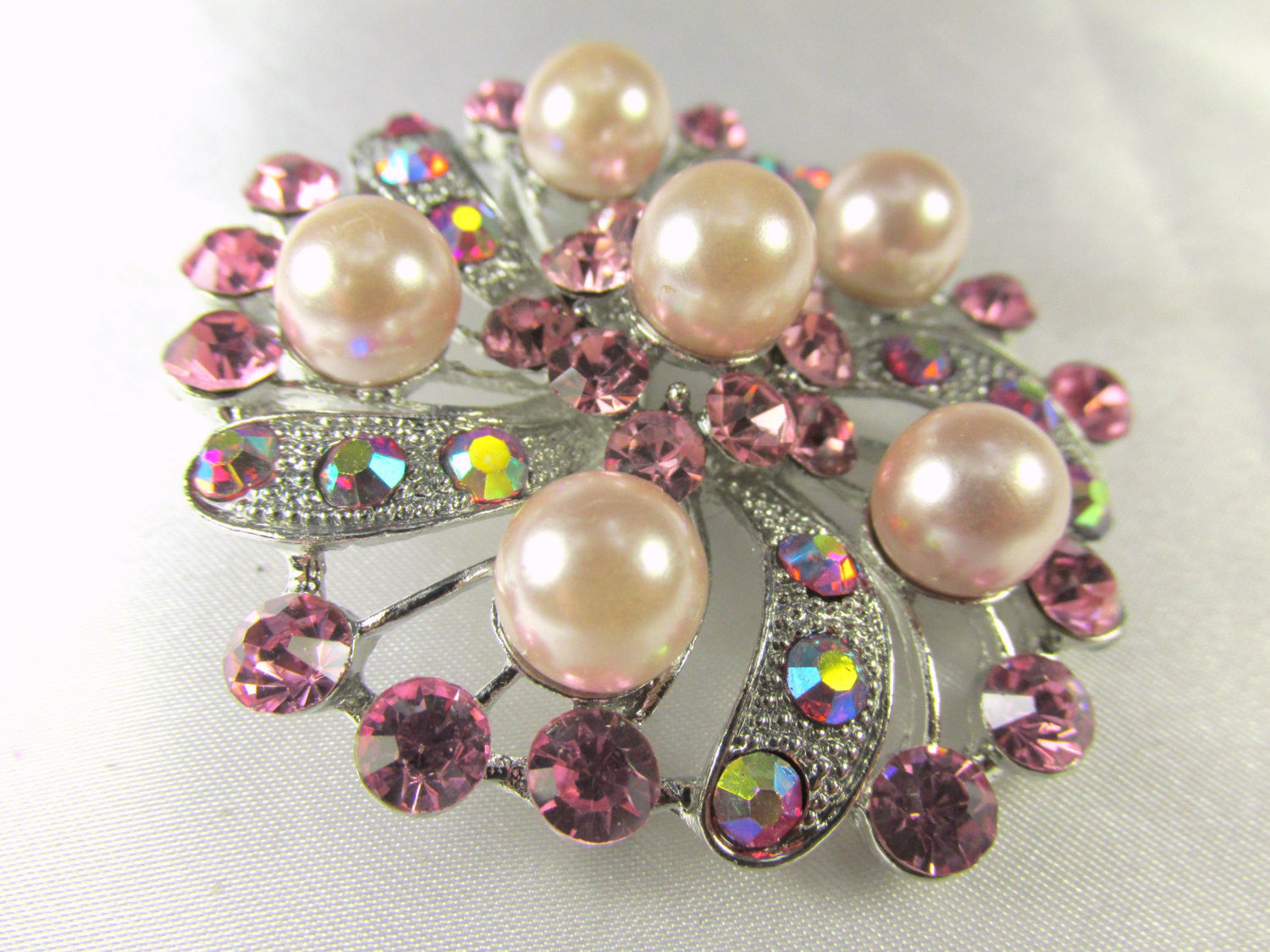 Pink Flower Pearl and Crystal Brooch in Silver - Odyssey Cache - 1