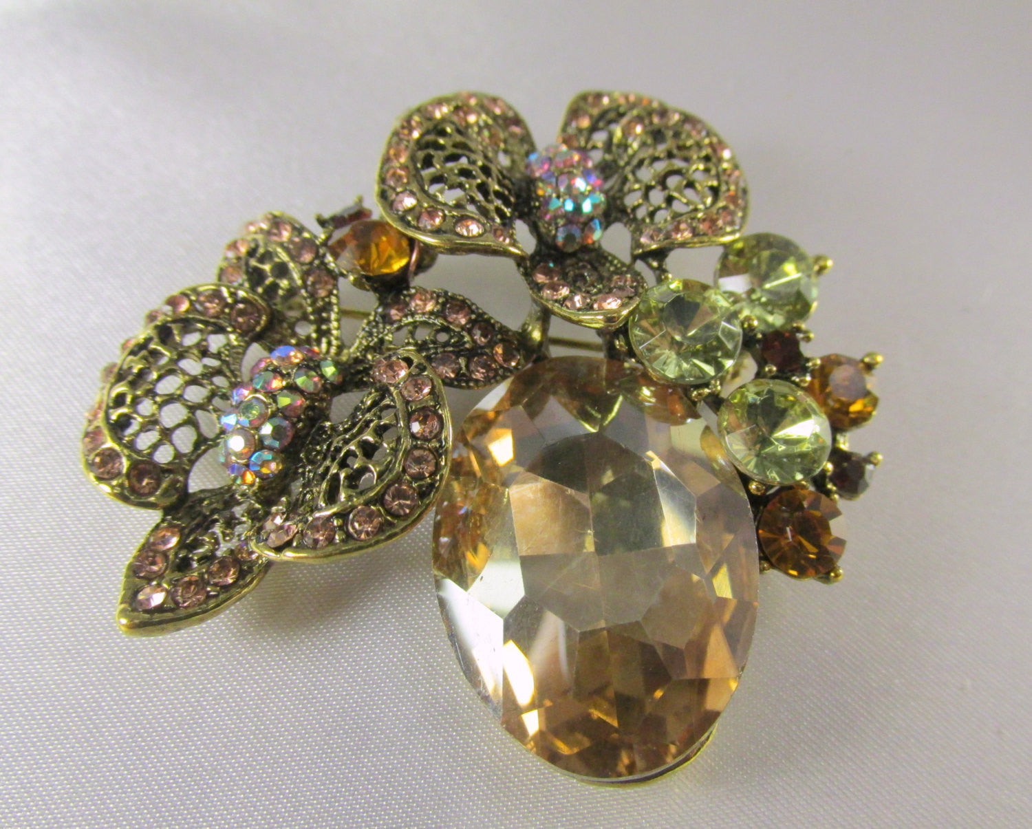 Light Topaz Antique Gold Cluster Brooch - Odyssey Cache - 2