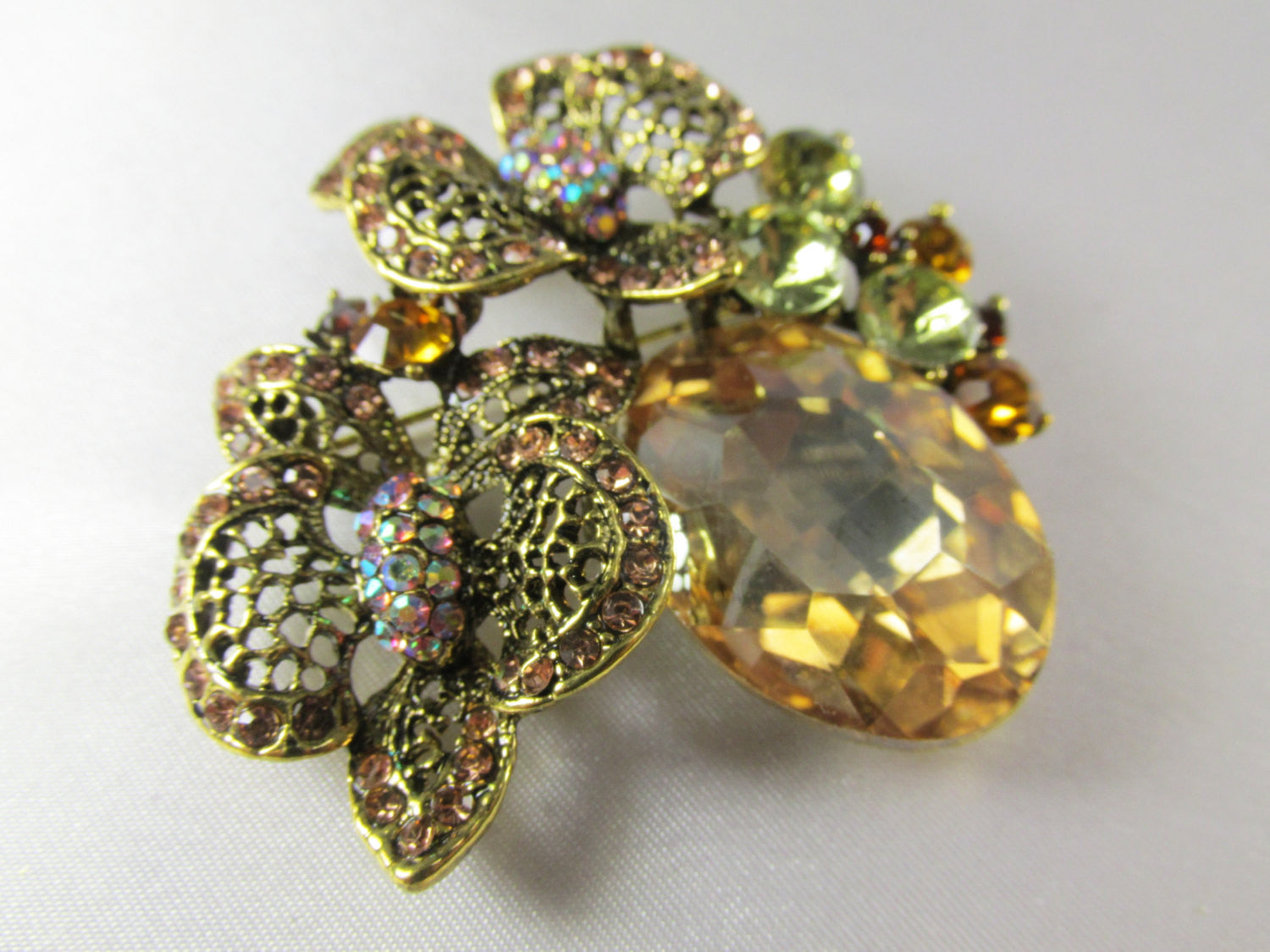 Light Topaz Antique Gold Cluster Brooch - Odyssey Cache - 3