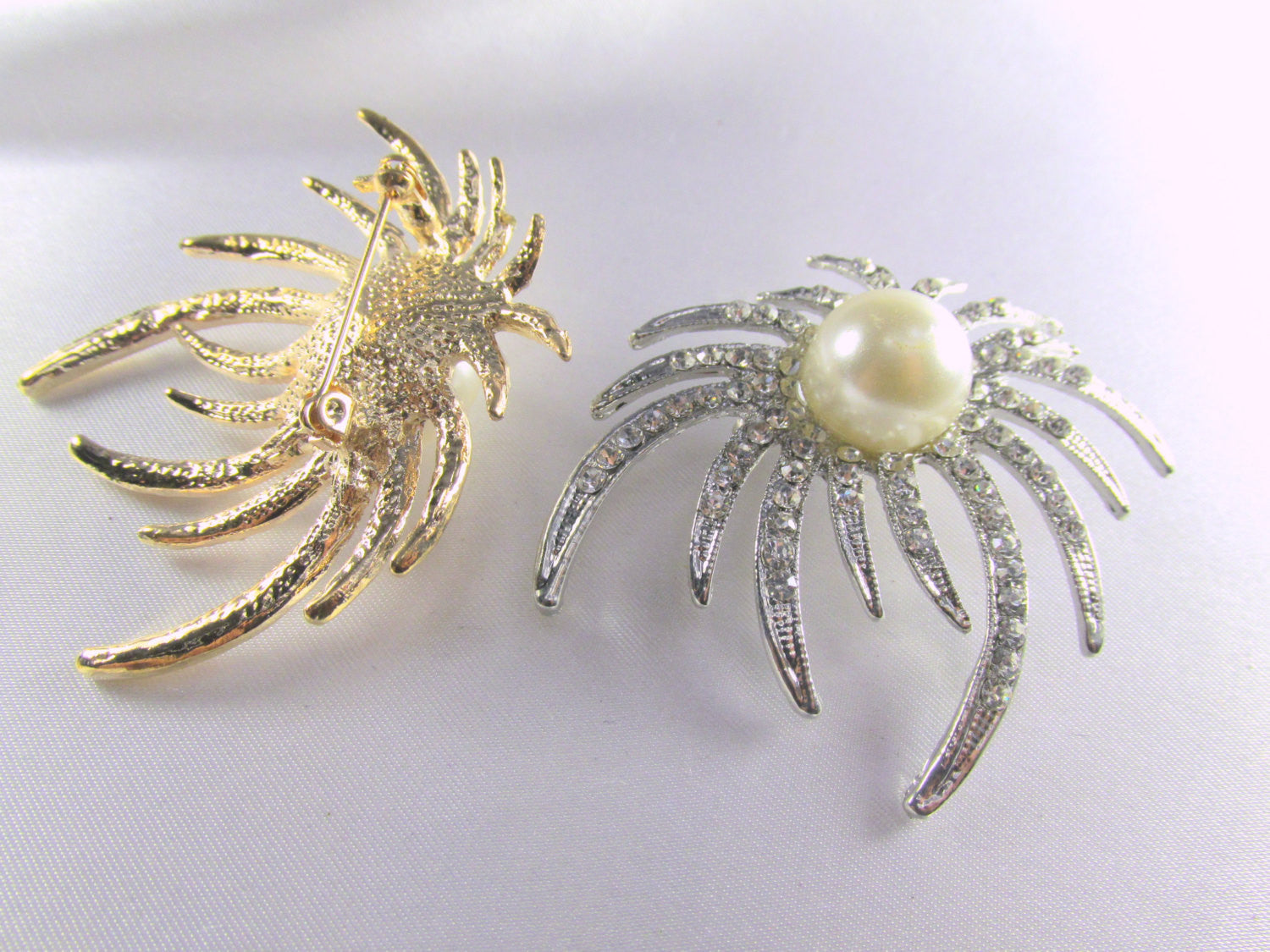 Silver Ivory White Pearl and Crystal Sunburst Brooch - Odyssey Cache - 3