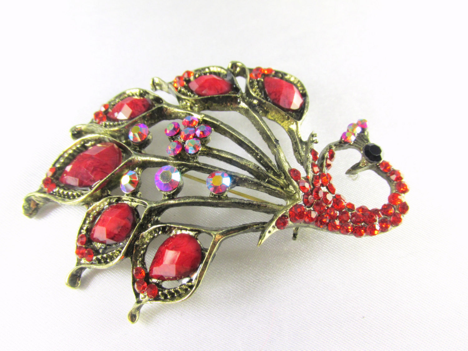 Marsala Red Peacock Brooch in Antique Gold - Odyssey Cache - 2