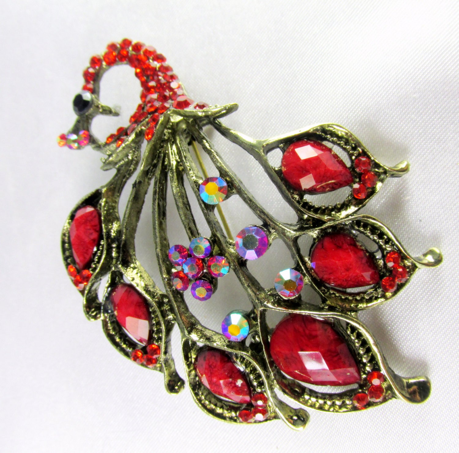 Marsala Red Peacock Brooch in Antique Gold - Odyssey Cache - 3
