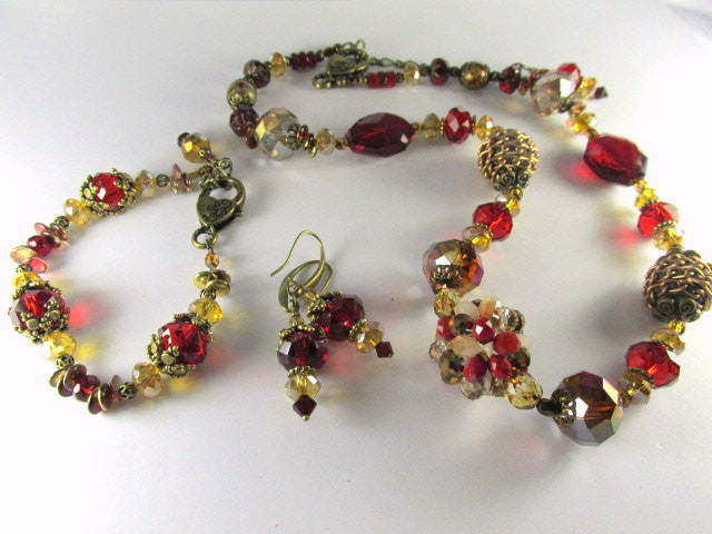 Marsala Dark Red and Gold Detailed Bracelet in Brass with adjustable chain - Odyssey Creations