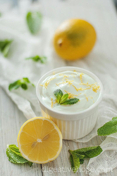 Dip with Mint and Lemon