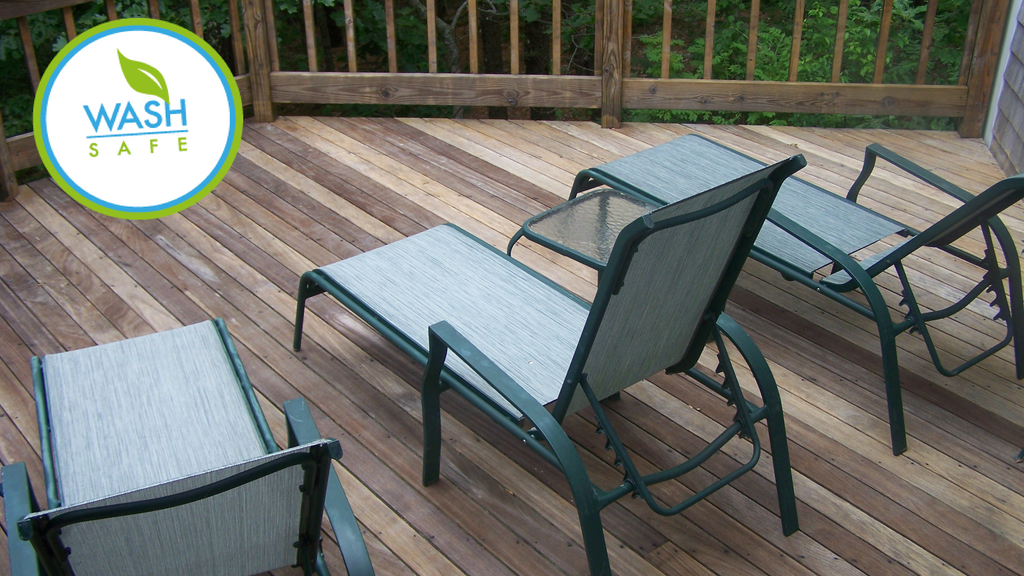 BEST WOOD & COMPOSITE DECK CLEANERS FOR YOUR CLEANING PROBLEM