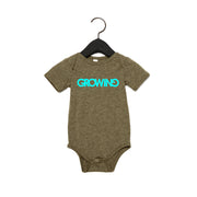 GROWING | BABY SHORT SLEEVE ONE PIECE [OLIVE]
