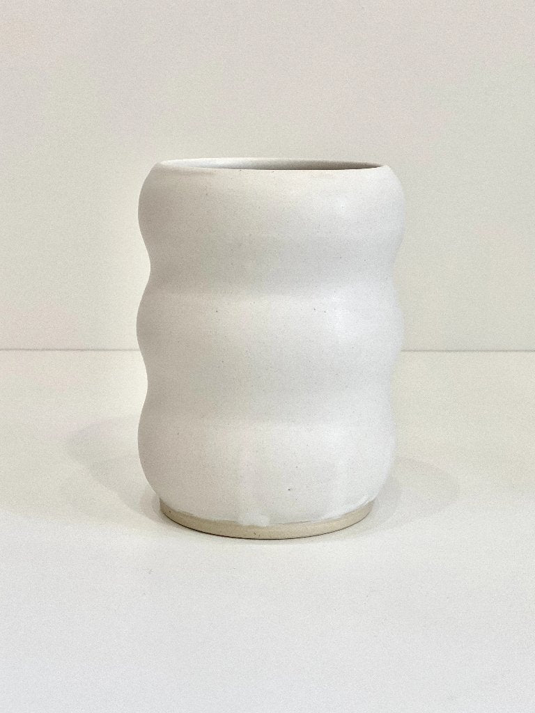 Ekua Ceramics Aquarius Vase White