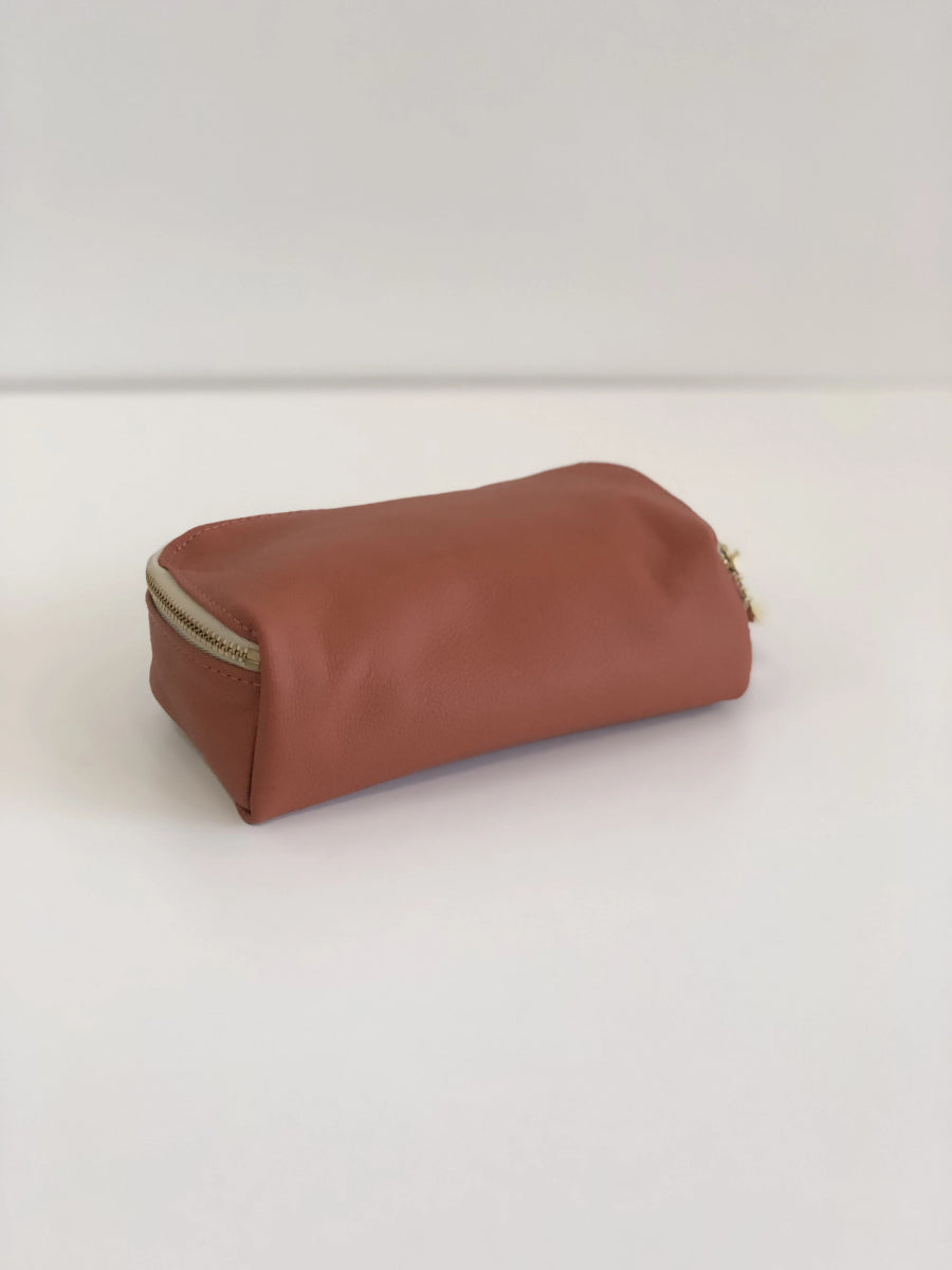 Erin Templeton Kiss and Makeup Bag Sienna Leather Pouch