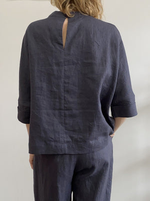7115 by Szeki Relaxed Square Top Slate Linen