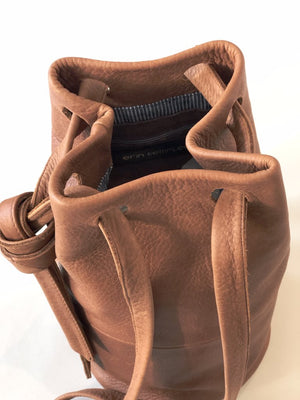 Erin Templeton Pocket Pal Bucket Bag Caramel Leather