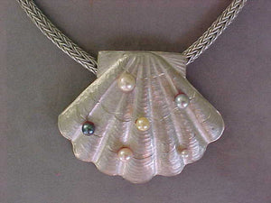 Chased silver shell pendant with cultured pearls + handmade chain