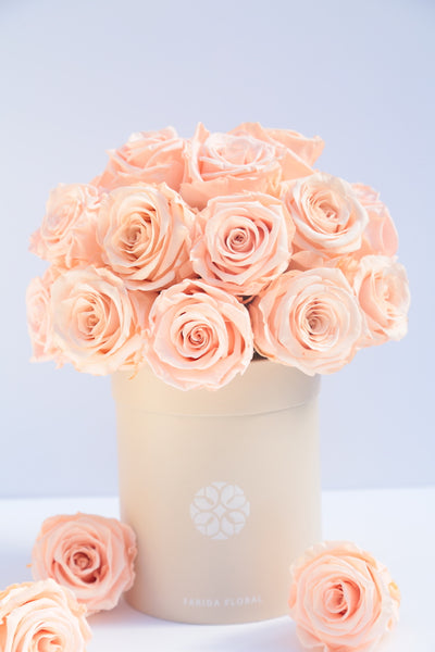 Infinity Roses Peach (Lasts 1 year) - MOM 2021