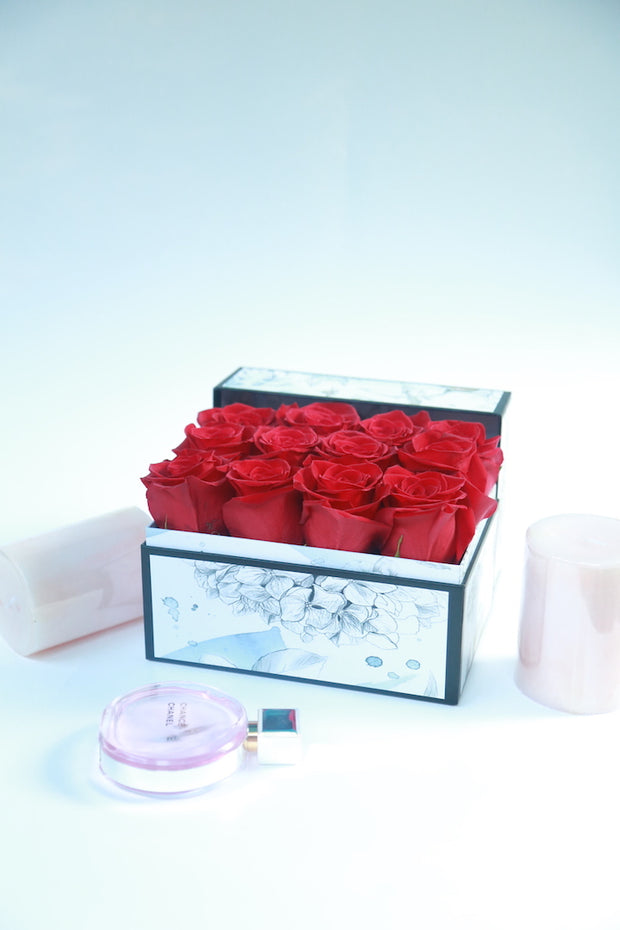 Classic A Dozen Roses -Red