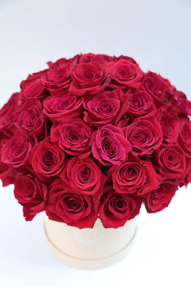 Signature Grand Roses (color options)